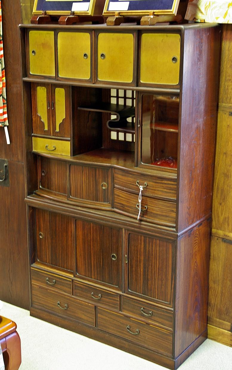 Antique japanese cabinet antique furniture for Japanese furniture brisbane